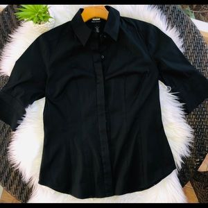 White House Black Market size 6 Black shirt